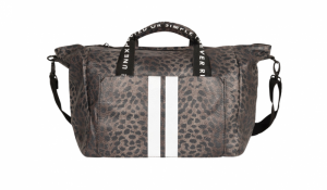 Weekend bag leopard camo logo
