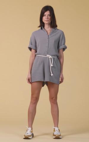 Short Jumpsuit Crinkle logo
